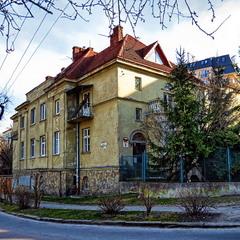 Старий дім