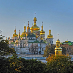 Золоті купола Лаври