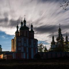 Ніч у Густинського монастиря