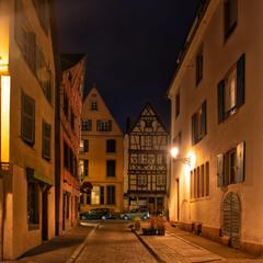 Ночь в старом городе.