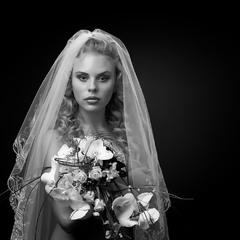 Невеста и цветы.