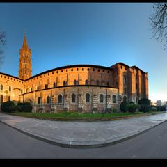# Базилика Сен Сернан на закате... #