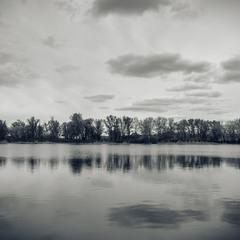 Пасмурное зеркало