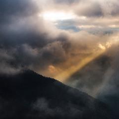 Непал. Крізь туман