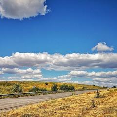 По дороге с облаками.