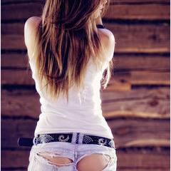 Не выбрасывайте джинсы, если они порвались!