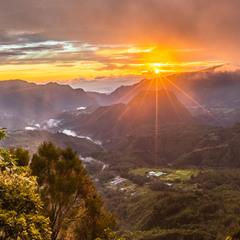 Реюньонский рассветный пейзажик