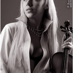 Innermost thoughts of violinist...