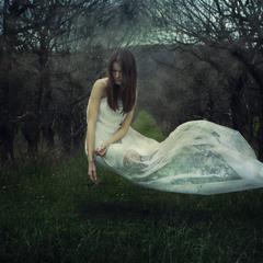 даже в грустных снах можно летать...