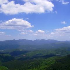 Понад горами