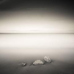 Камни и море-пустыня