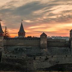 Старый замок просыпается