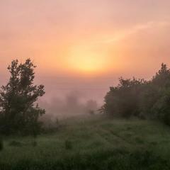 За околицей ещё туман
