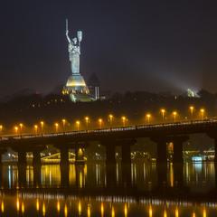 Міст Патона та Батьківщина-Мати