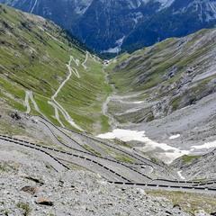 Гірськими перевалами