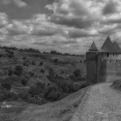 ждущая у крепости