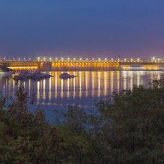 Запорожская ГЭС после заката
