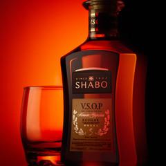 бутылка коньяка SHABO