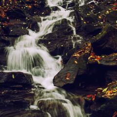 Осінній водоспадик