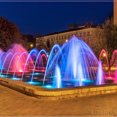 """Вечерние цвета фонтана """"Муза"""""""