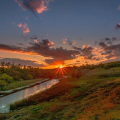 Захід сонця останього літнього дня