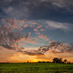 Захід сонця над селом