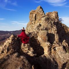 В горах Грузії неподалік Коджорі, фортеця Короглі