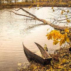 Плакала осінь...