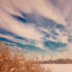 Небо на проводах...