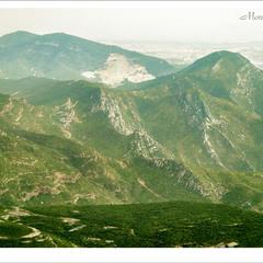со священных гор Монтсеррата