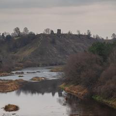 Вид на руїни губківського замку...