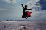 Танец над соленым озером.