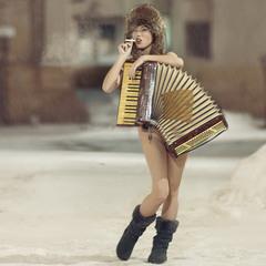 Играй, гармонь!