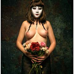 Портрет в маске