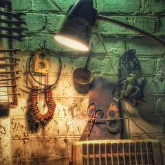 Old Garage Lamp Style