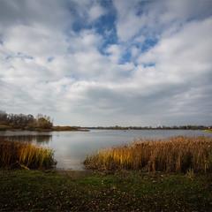 Річка і осінь.