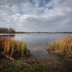 Дніпровські води.