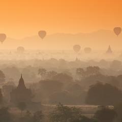 Воздушные шары над Баганом