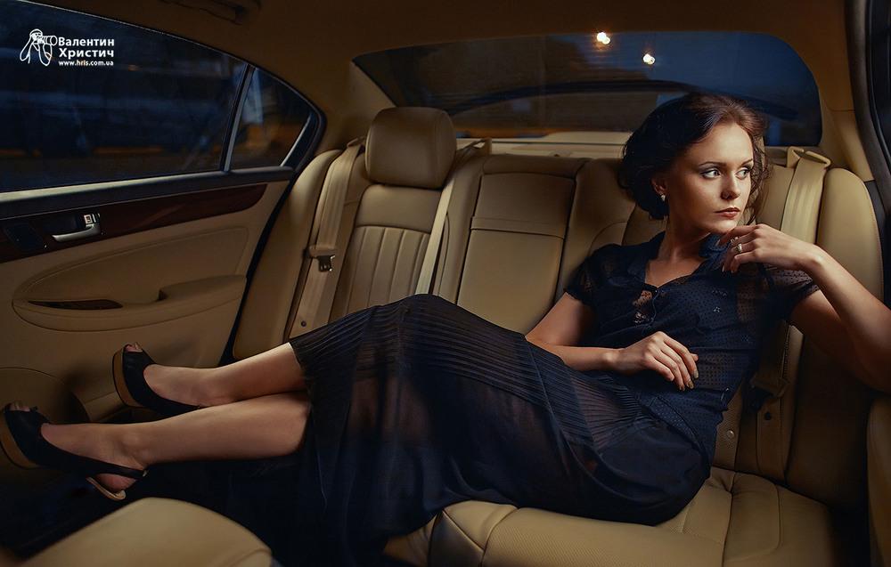 создаем девушку на заднем сиденье машины наиболее